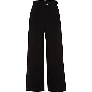 Black belted culottes