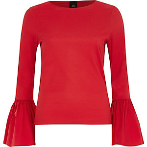 Red ribbed flared poplin cuff top