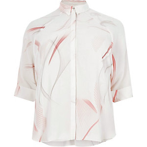 Pink print three quarter sleeve shirt