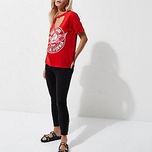RI Petite - Rood T-shirt met chokerhals en 'Girl Gang'-print