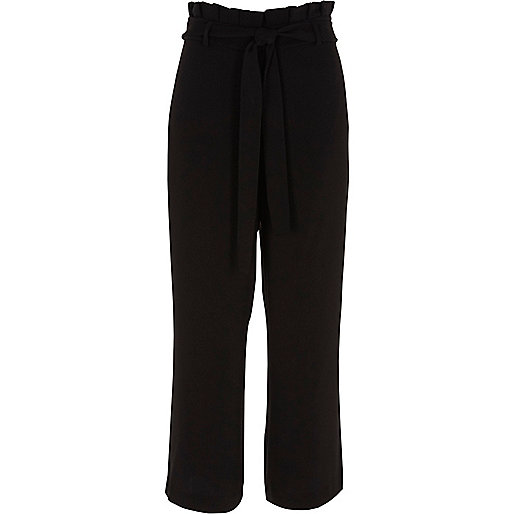 Black pleated trim belted culottes