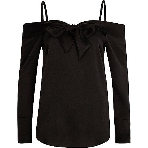 Top Bardot noir à manches longues et nœud sur le devant
