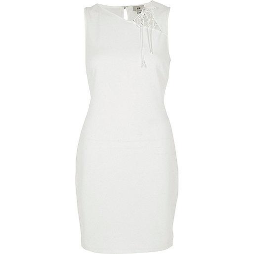 White sleeveless lace insert bodycon dress