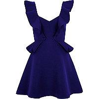 Blaues Minikleid mit Rüschen