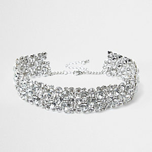 Zilveren chokerketting met diamantjes