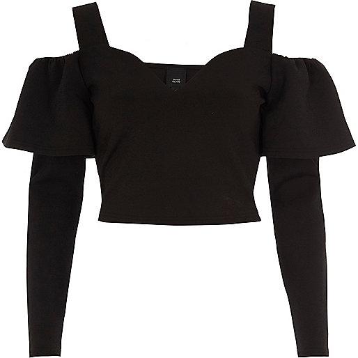 Crop top noir à volants et col et manches longues style Bardot