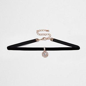 Collier ras-de-cou en velours noir avec strass en pendentif