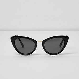 Black cat eye smoke lens sunglasses
