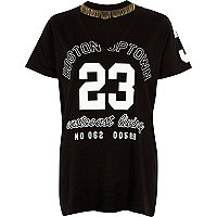Black '23' print choker necklace T-shirt