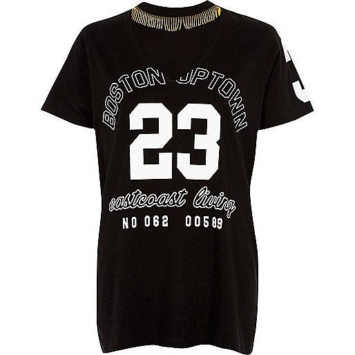 T-shirt imprimé «23» noir avec collier ras-de-cou