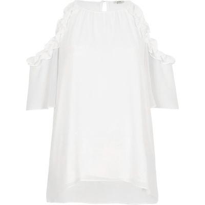 Witte schouderloze blouse met ruches