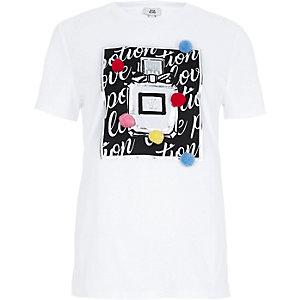 T-shirt ajusté imprimé parfum blanc à pompon