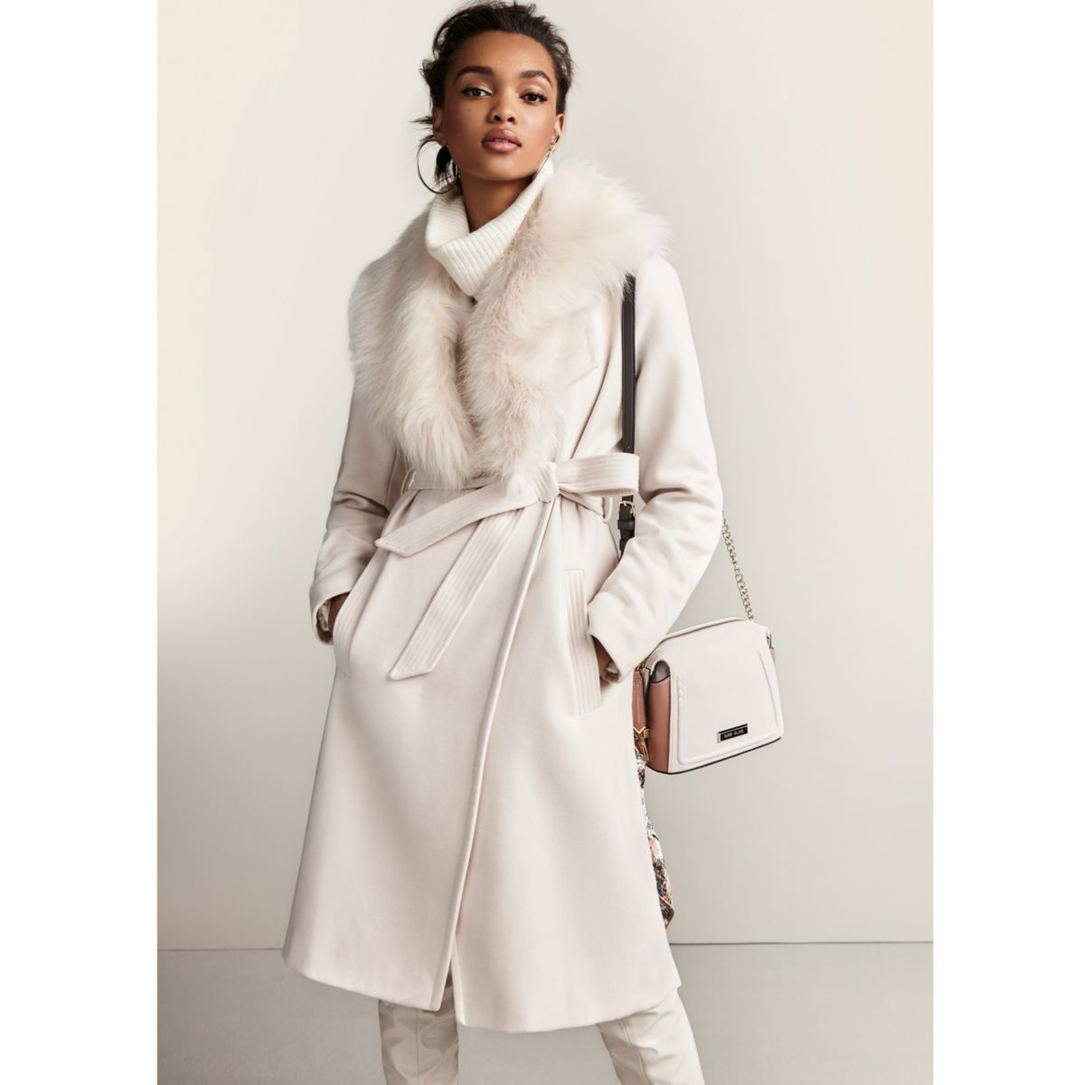 From light, everyday cotton jackets spring jackets to cozy winter peacoats, our women's coats and jackets are made from the very best materials (think world-famous Italian mills) and with attention to what we like to call