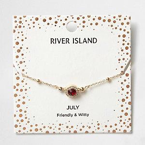 Rotes Armband mit Geburtsstein für den Monat Juli
