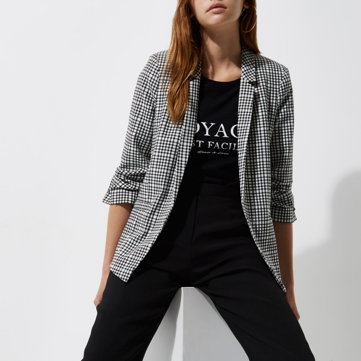Black dogtooth check bar cuff blazer