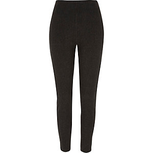 Graue, gestreifte Leggings