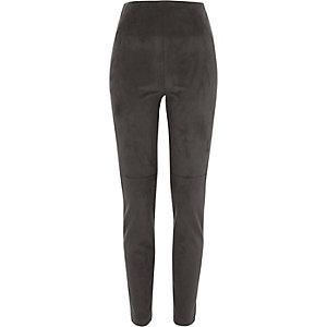 Pantalon skinny en suédine gris foncé