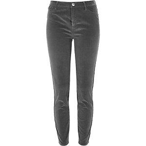Molly – Pantalon skinny en velours côtelé marron clair