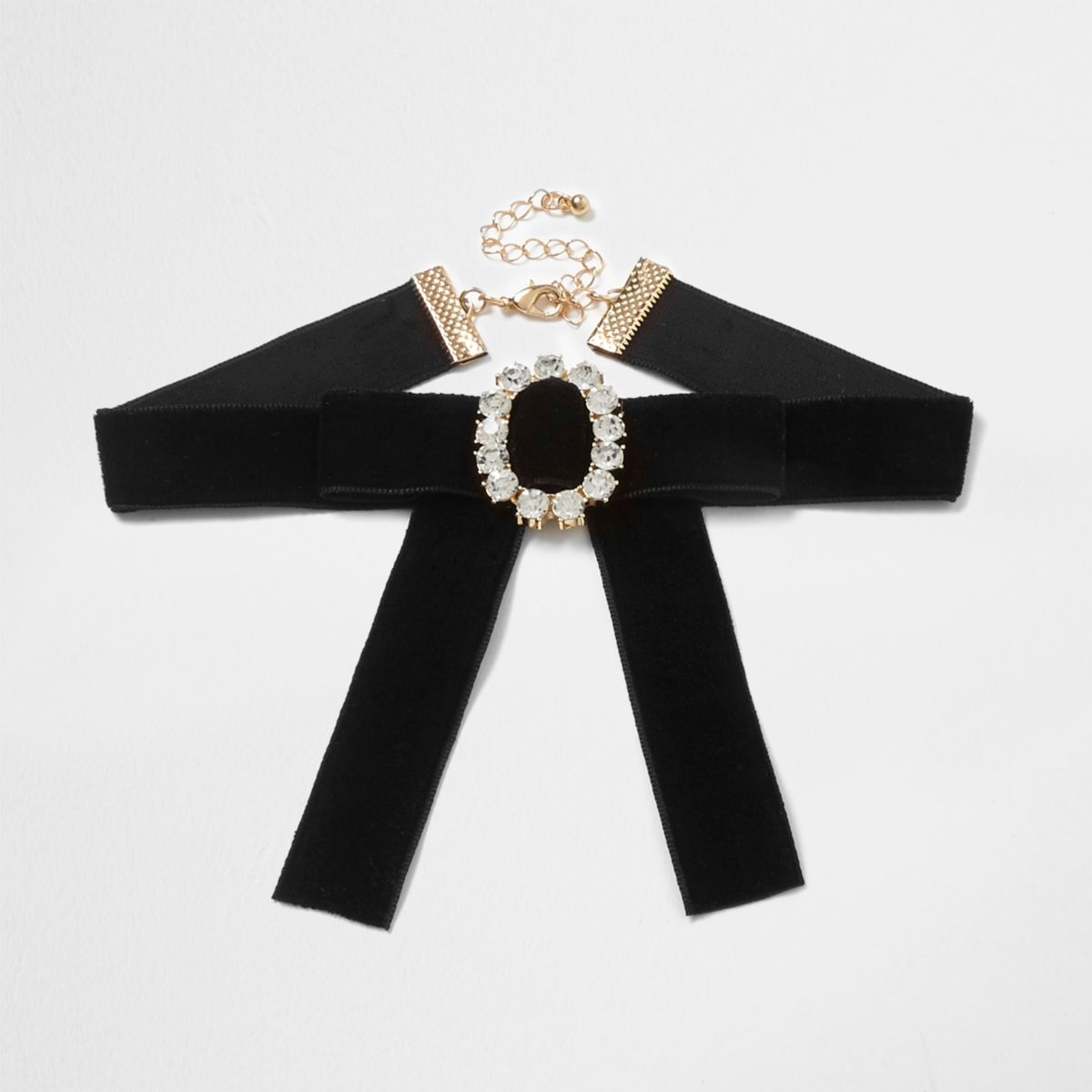 Black velvet buckle choker