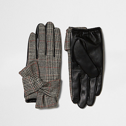 Brown heritage check faux leather gloves