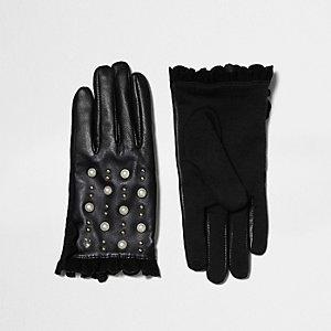 Schwarze, nietenverzierte Touchscreen-Handschuhe