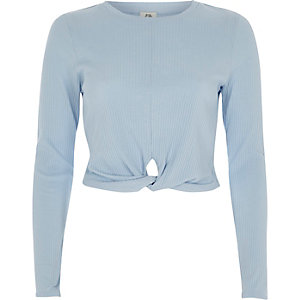 Light blue twist front long sleeve crop top
