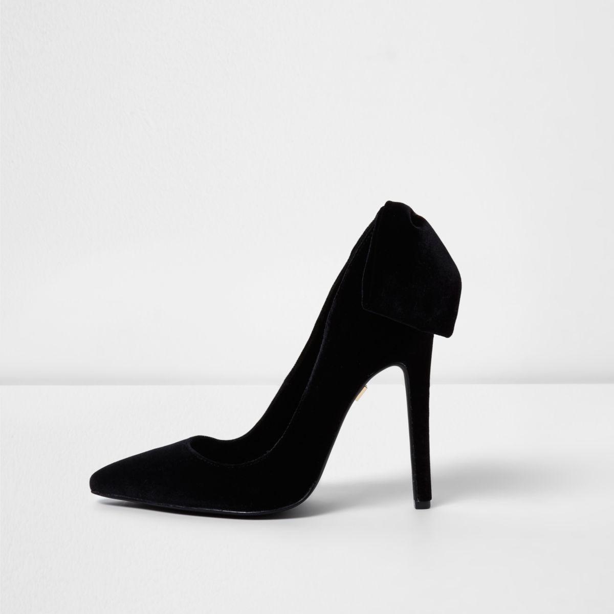 Black velvet bow back court shoes