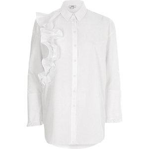 Chemise blanche à manches longues et volant devant
