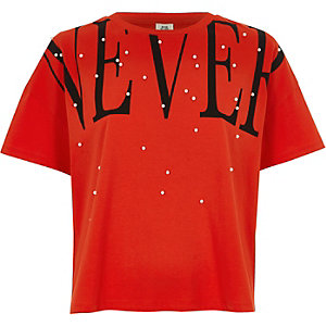 T-shirt à inscription « Never » à ornements imitation perle