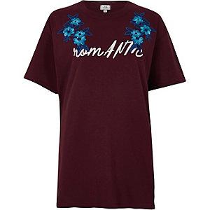 T-shirt boyfriend rouge «romantique» appliqué