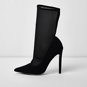 Black pointed mesh sock court boots