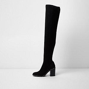 Zwarte laarzen tot over de knie met blokhak en studs