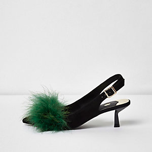 Groene schoenen met slingback, kleine hakjes en verendetail