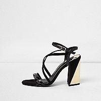Sandales noires effet cage à talon carré doré