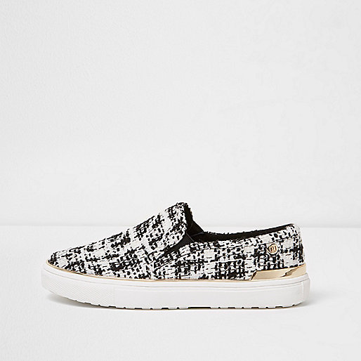 Black textured slip on plimsolls