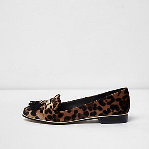 Brown leopard print tassel vlevet loafers