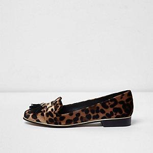 Bruine fluwelen loafers met luipaardprint en kwastjes