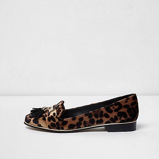 Brown leopard print tassel vlevet loafers