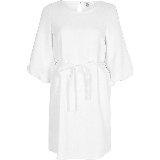 White puff sleeve tie waist swing dress