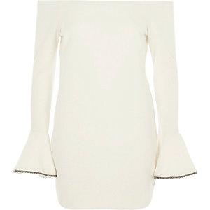 Robe courte Bardot moulante crème côtelée