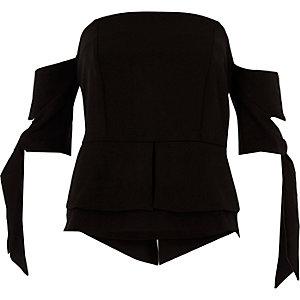 Zwarte crop top zonder schouderbandjes met korte mouwen met strikjes