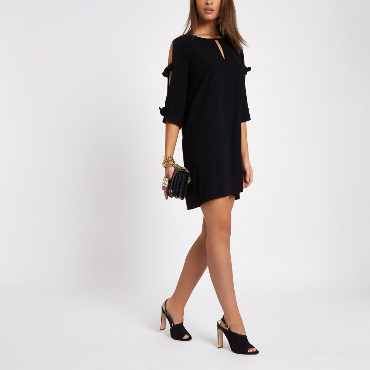 Black bow sleeve shift dress