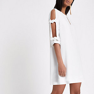 White bow sleeve swing dress