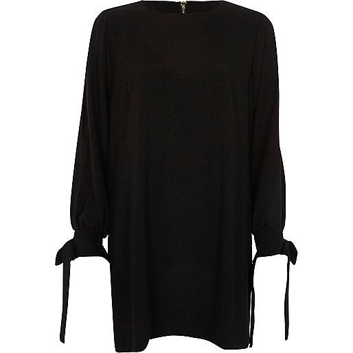 Black tie cuff swing dress