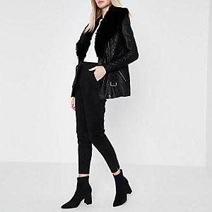 Black faux fur collar belted jacket