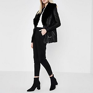 Black faux fur collar belted jacket