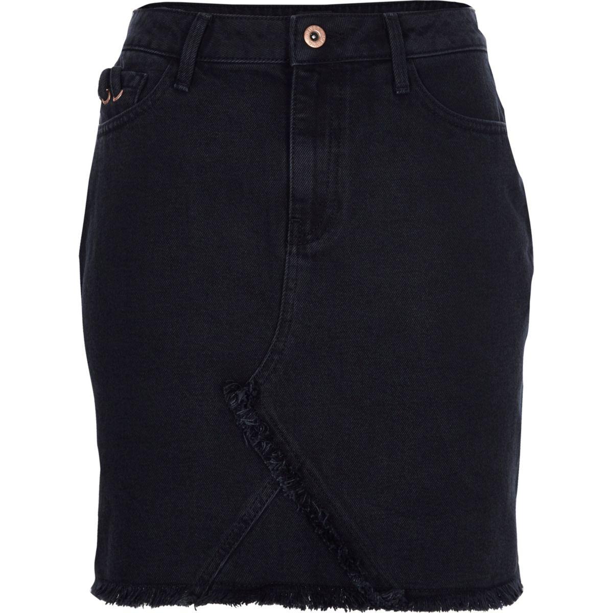 Zwarte denim rok met gerafelde zoom