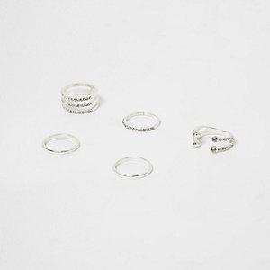 Zilverkleurige ringenset bezet met diamantjes