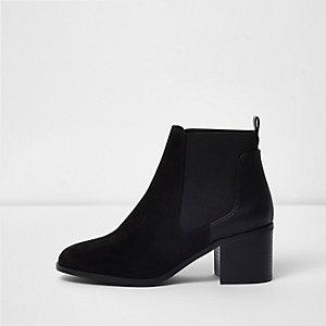 Black block heel ankle chelsea boots