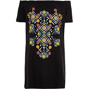 Zwart oversized T-shirt met Aztekenprint en bardothalslijn